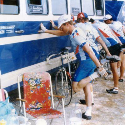 Stretching während der Rom-Fahrt, Juli 1987