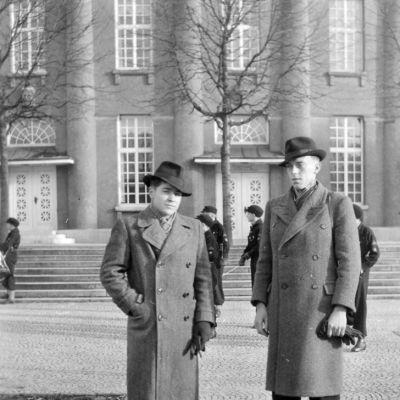 Walter Stoeckle, Karl Kaiser