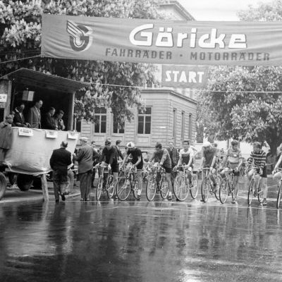 Erster Schritt beim Rundstreckenrennen, 13. Mai 1962