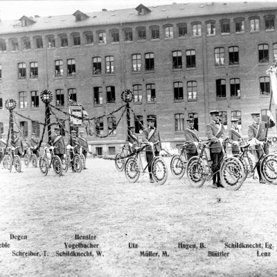 Velo-Club in Korso-Aufstellung, 1926